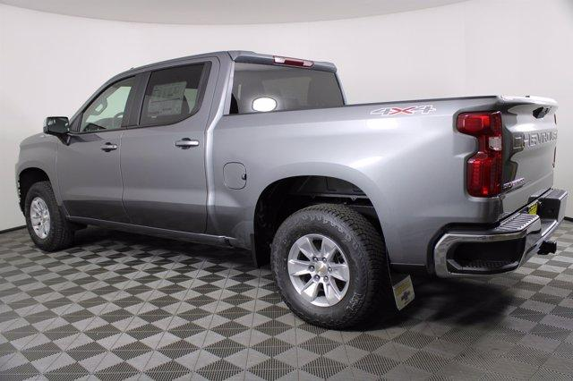 2021 Chevrolet Silverado 1500 Crew Cab 4x4, Pickup #D110178 - photo 2