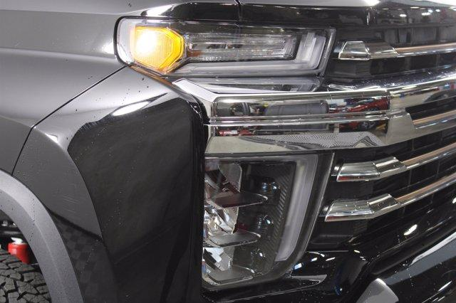 2021 Chevrolet Silverado 3500 Crew Cab 4x4, Pickup #D110185 - photo 5