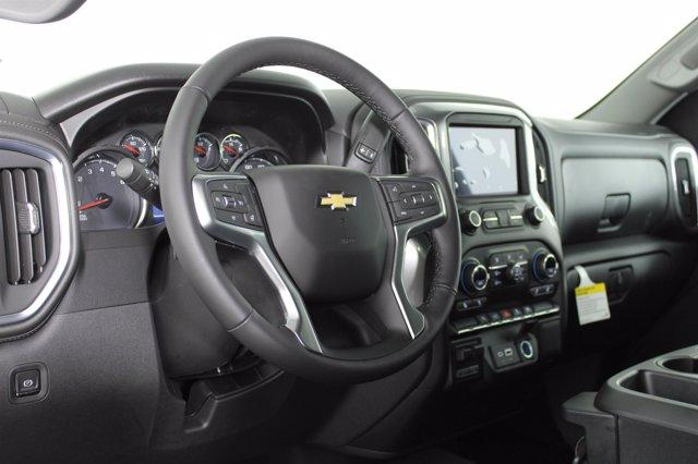 2021 Chevrolet Silverado 1500 Crew Cab 4x4, Pickup #D110200 - photo 9