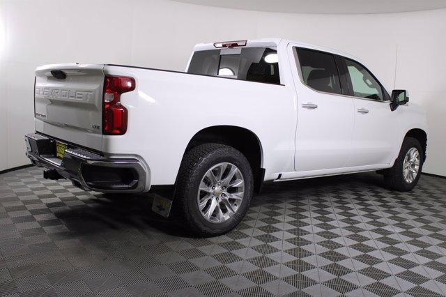 2021 Chevrolet Silverado 1500 Crew Cab 4x4, Pickup #D110203 - photo 2