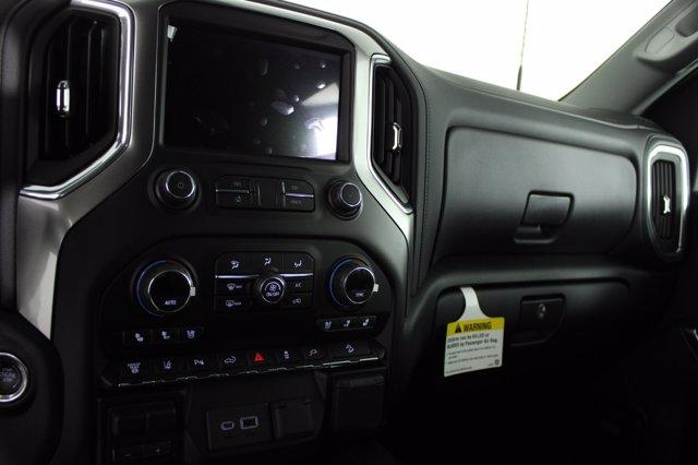 2021 Chevrolet Silverado 2500 Crew Cab 4x4, Pickup #D110218 - photo 12