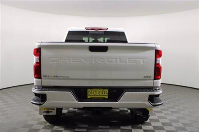 2021 Chevrolet Silverado 2500 Crew Cab 4x4, Pickup #D110218 - photo 8