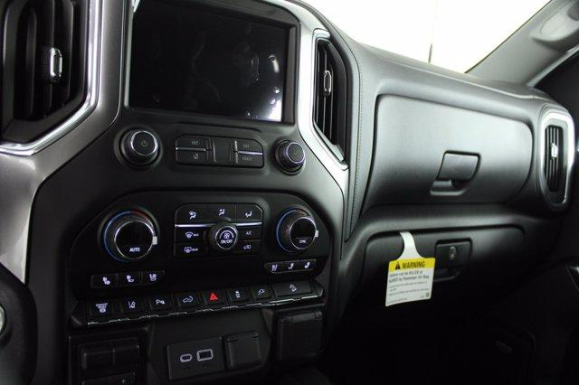 2021 Chevrolet Silverado 2500 Crew Cab 4x4, Pickup #D110219 - photo 12