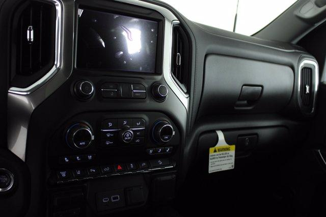 2021 Chevrolet Silverado 2500 Crew Cab 4x4, Pickup #D110226 - photo 10