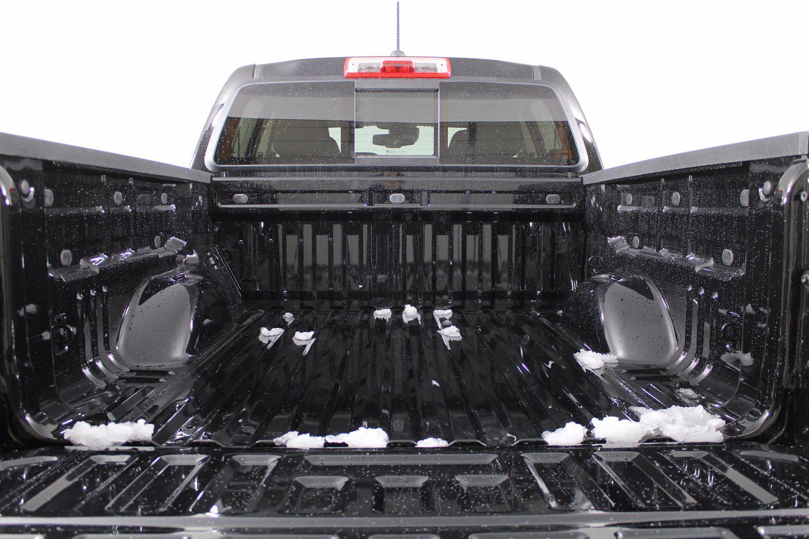 2021 Chevrolet Colorado Crew Cab 4x4, Pickup #D110340 - photo 8