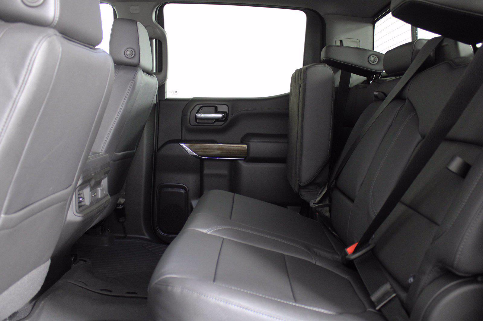 2021 Chevrolet Silverado 1500 Crew Cab 4x4, Pickup #D110467 - photo 14