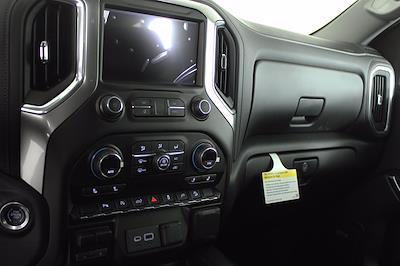 2021 Chevrolet Silverado 1500 Crew Cab 4x4, Pickup #D110467 - photo 10
