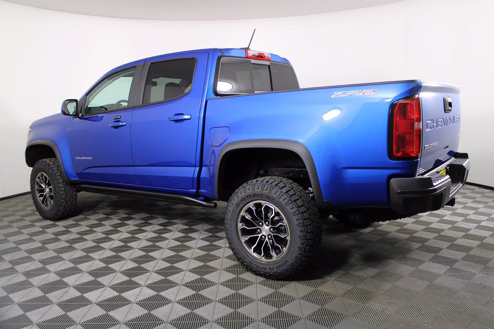 2021 Chevrolet Colorado Crew Cab 4x4, Pickup #D110515 - photo 2