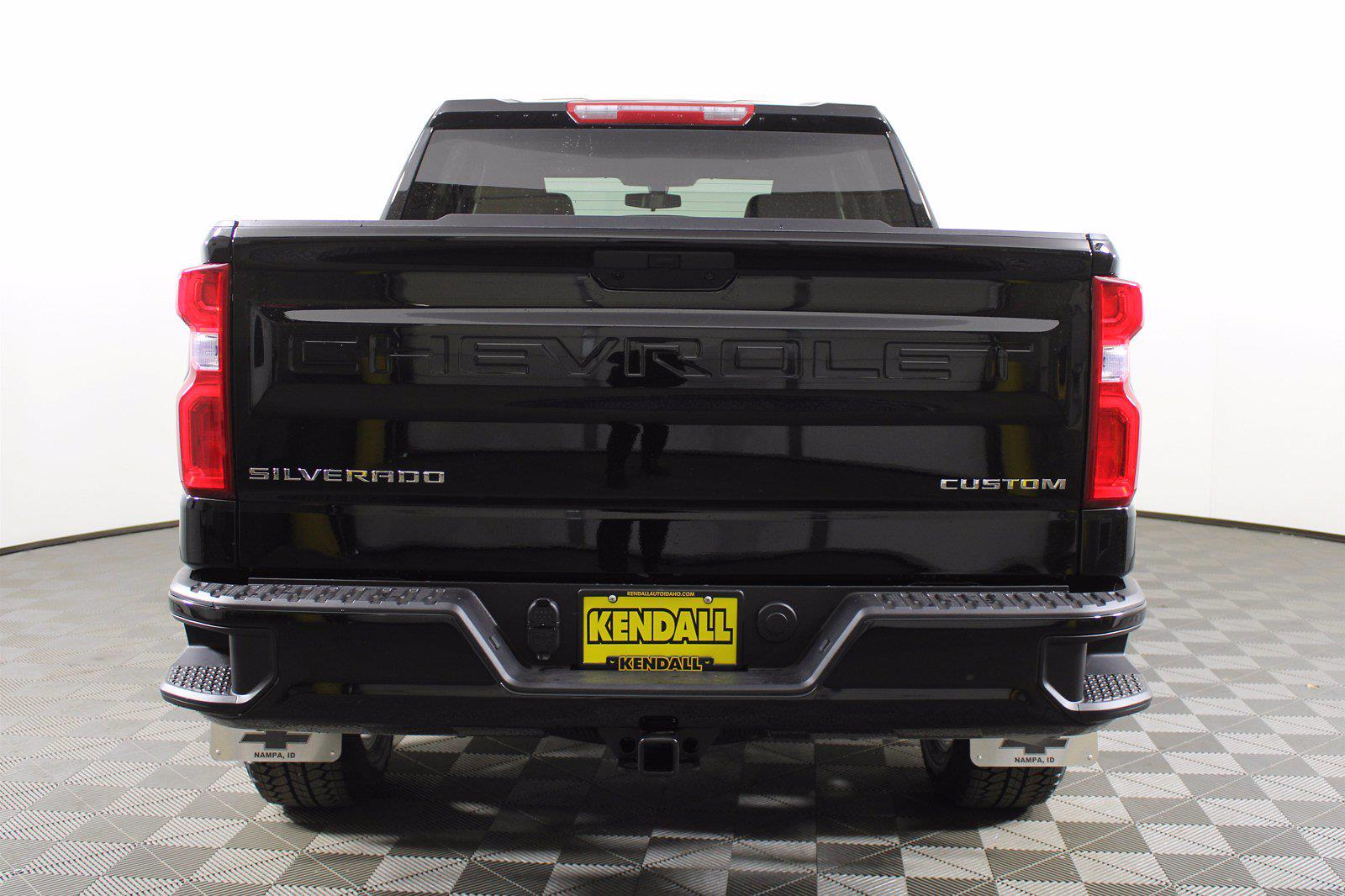 2021 Chevrolet Silverado 1500 Crew Cab 4x4, Pickup #D110595 - photo 7