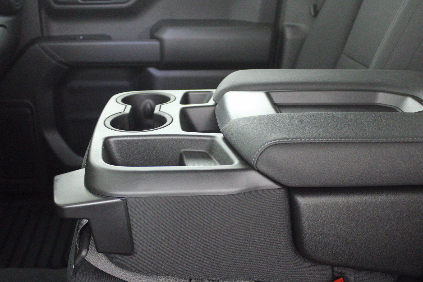 2021 Chevrolet Silverado 1500 Crew Cab 4x4, Pickup #D110595 - photo 13