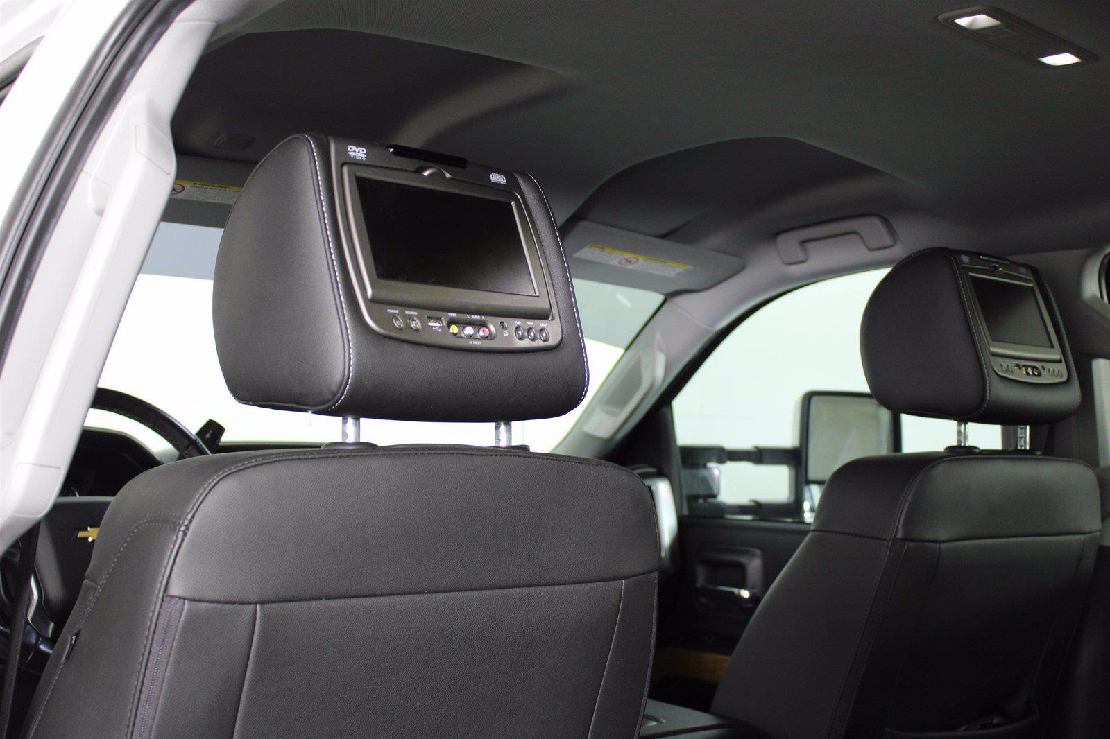 2016 Chevrolet Silverado 2500 Crew Cab 4x2, Pickup #D110630A - photo 9