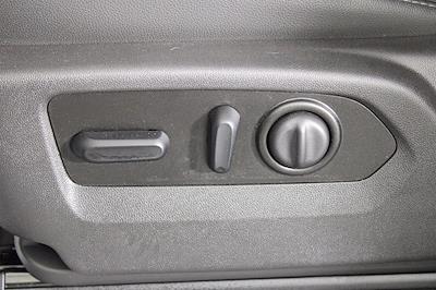 2020 Chevrolet Silverado 1500 Crew Cab 4x4, Pickup #D110641A - photo 17