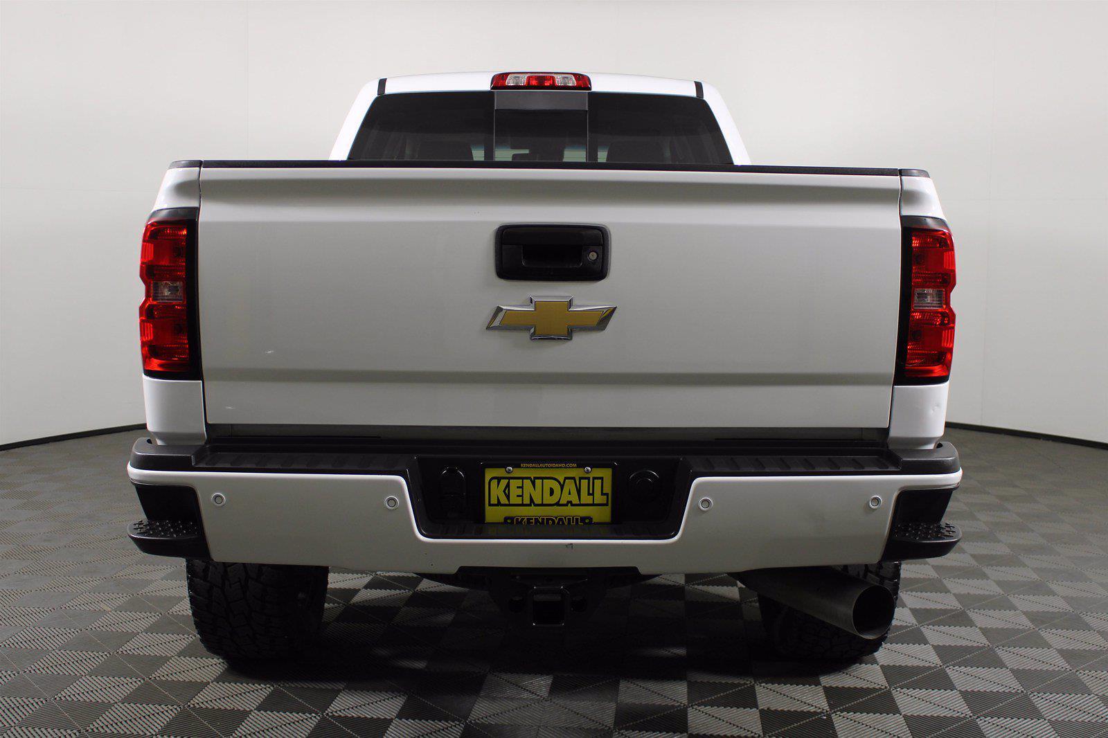2019 Chevrolet Silverado 2500 Crew Cab 4x4, Pickup #D110643A - photo 7