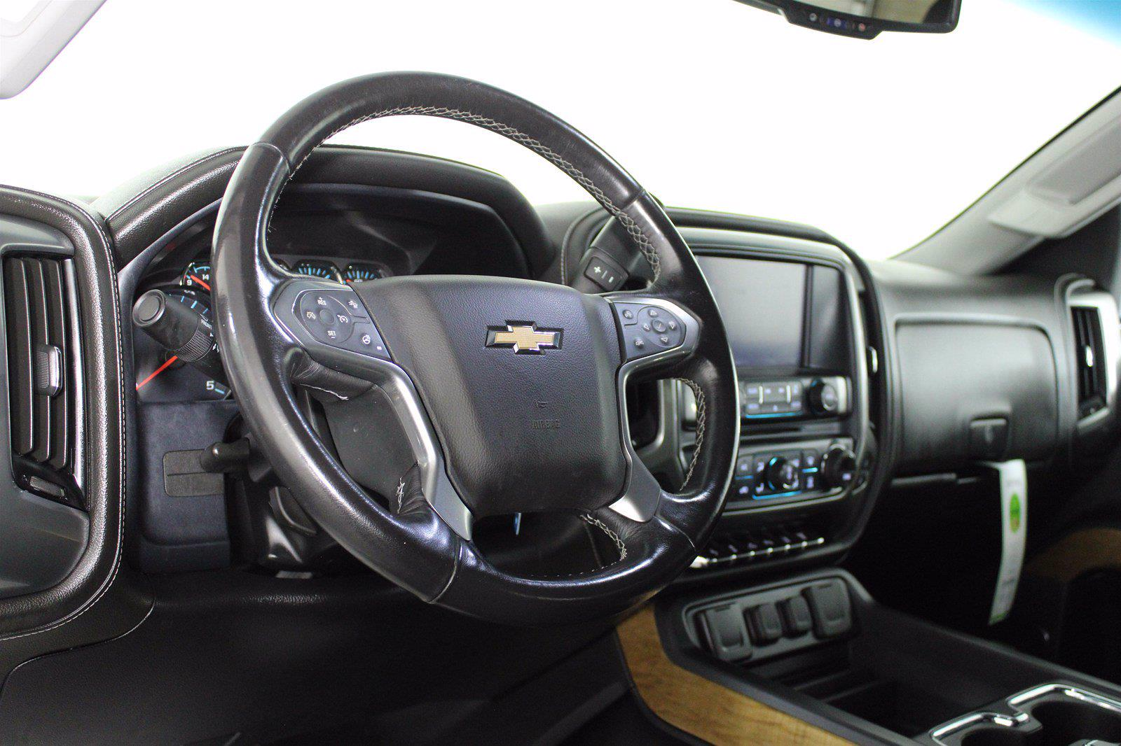 2019 Chevrolet Silverado 2500 Crew Cab 4x4, Pickup #D110643A - photo 10
