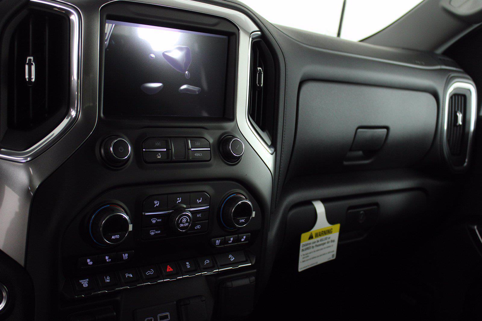 2021 Chevrolet Silverado 2500 Crew Cab 4x4, Pickup #D110744 - photo 12