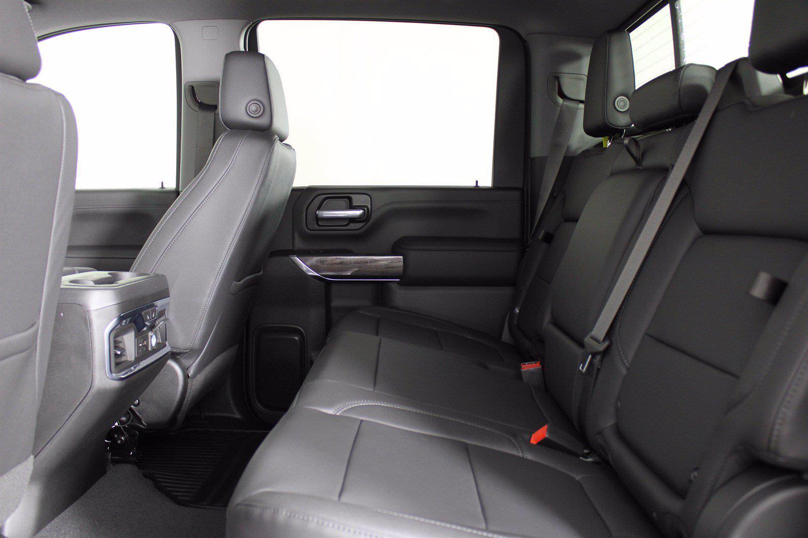 2021 Chevrolet Silverado 2500 Crew Cab 4x4, Pickup #D110744 - photo 16