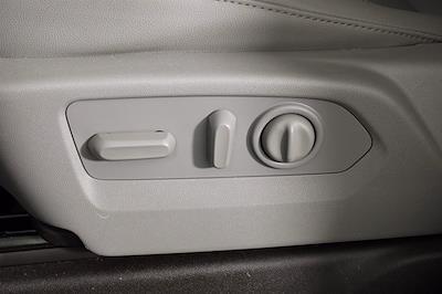 2021 Chevrolet Silverado 1500 Crew Cab 4x4, Pickup #D110776 - photo 13