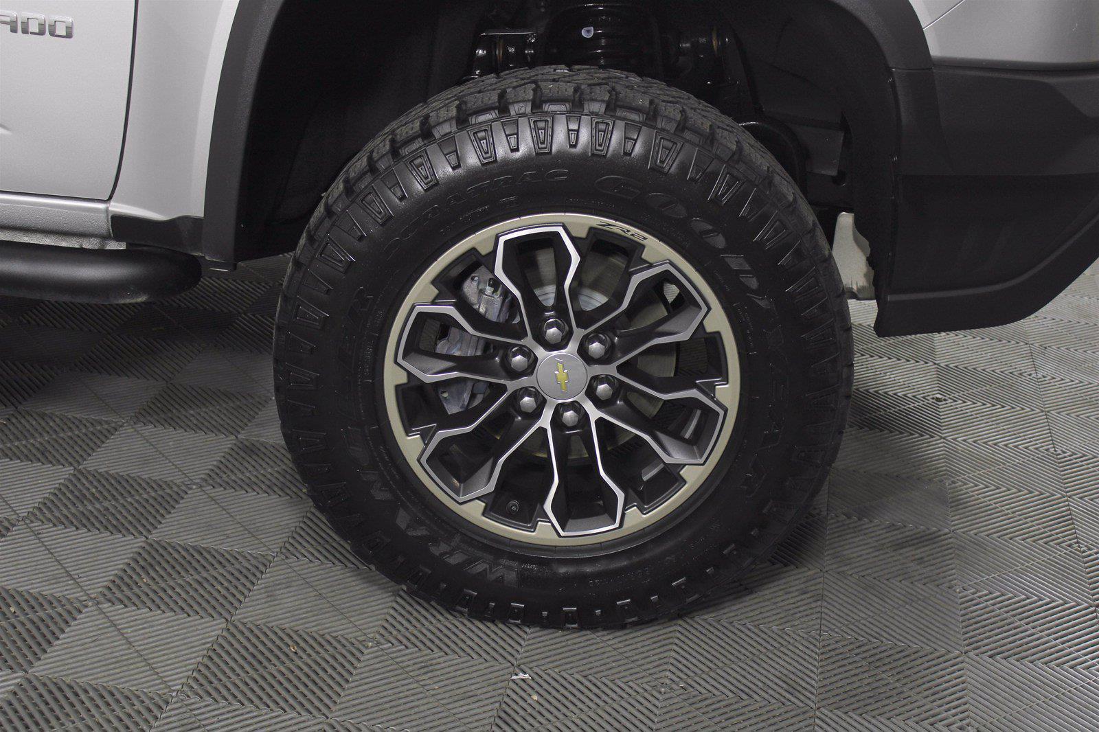 2018 Chevrolet Colorado Crew Cab 4x4, Pickup #D110788A - photo 7