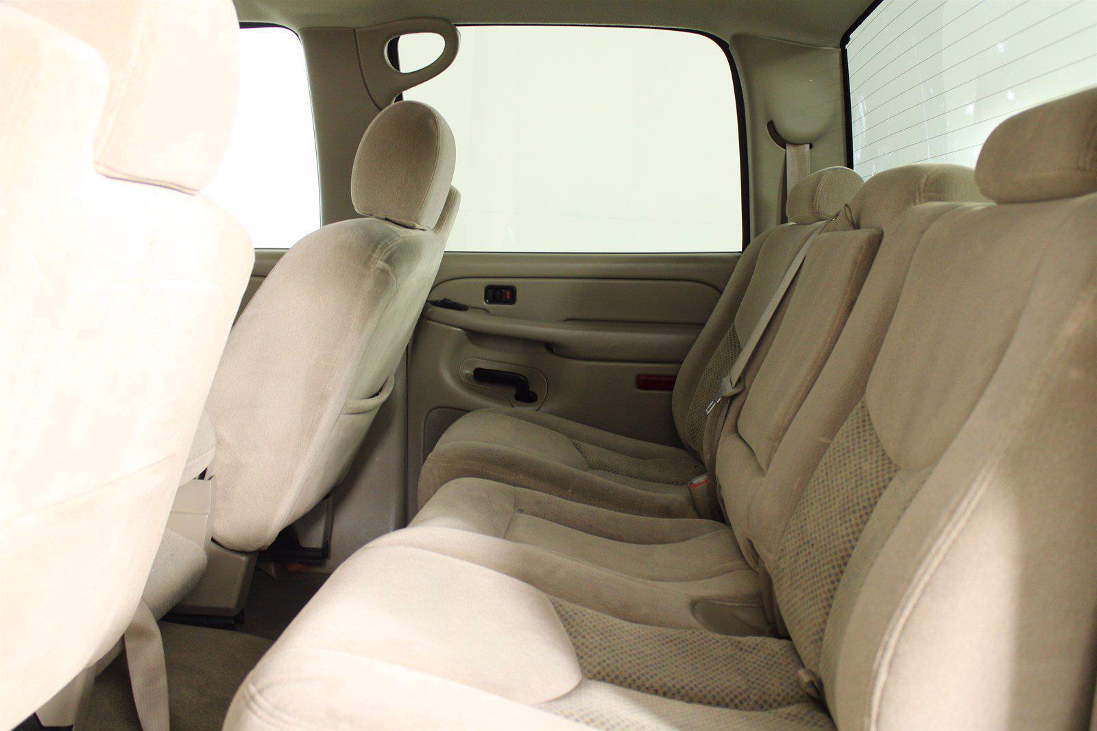 2005 Chevrolet Silverado 2500 Crew Cab 4x4, Pickup #D110794A - photo 3