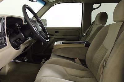 2005 Chevrolet Silverado 2500 Crew Cab 4x4, Pickup #D110794A - photo 2
