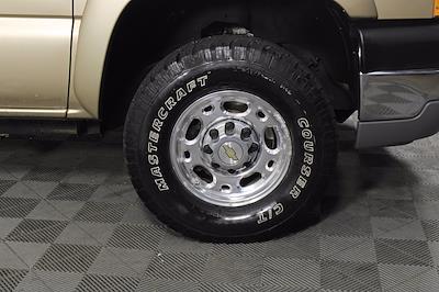 2005 Chevrolet Silverado 2500 Crew Cab 4x4, Pickup #D110794A - photo 10