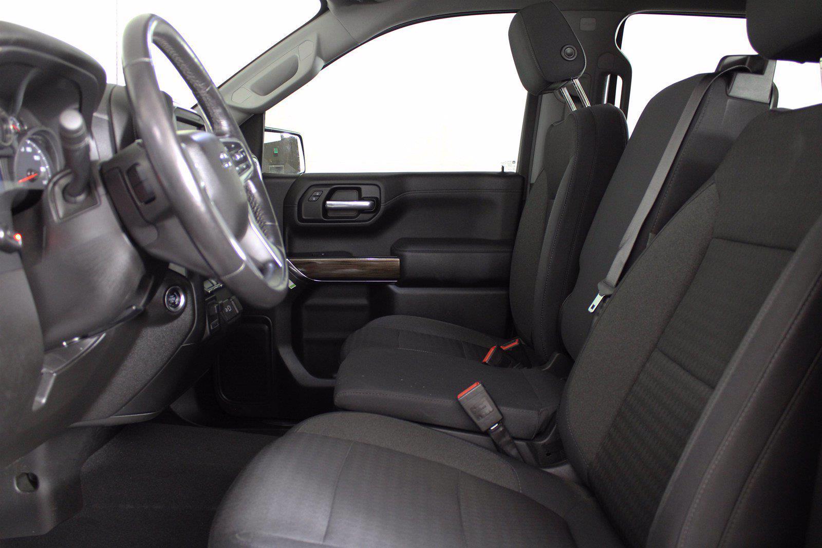 2019 Chevrolet Silverado 1500 Crew Cab 4x4, Pickup #D110798A - photo 5