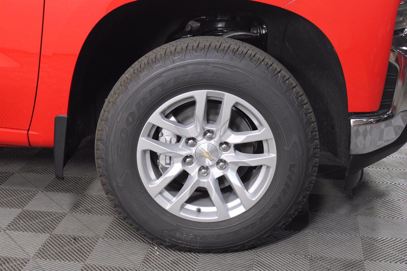 2021 Chevrolet Silverado 1500 Crew Cab 4x4, Pickup #D110819 - photo 6