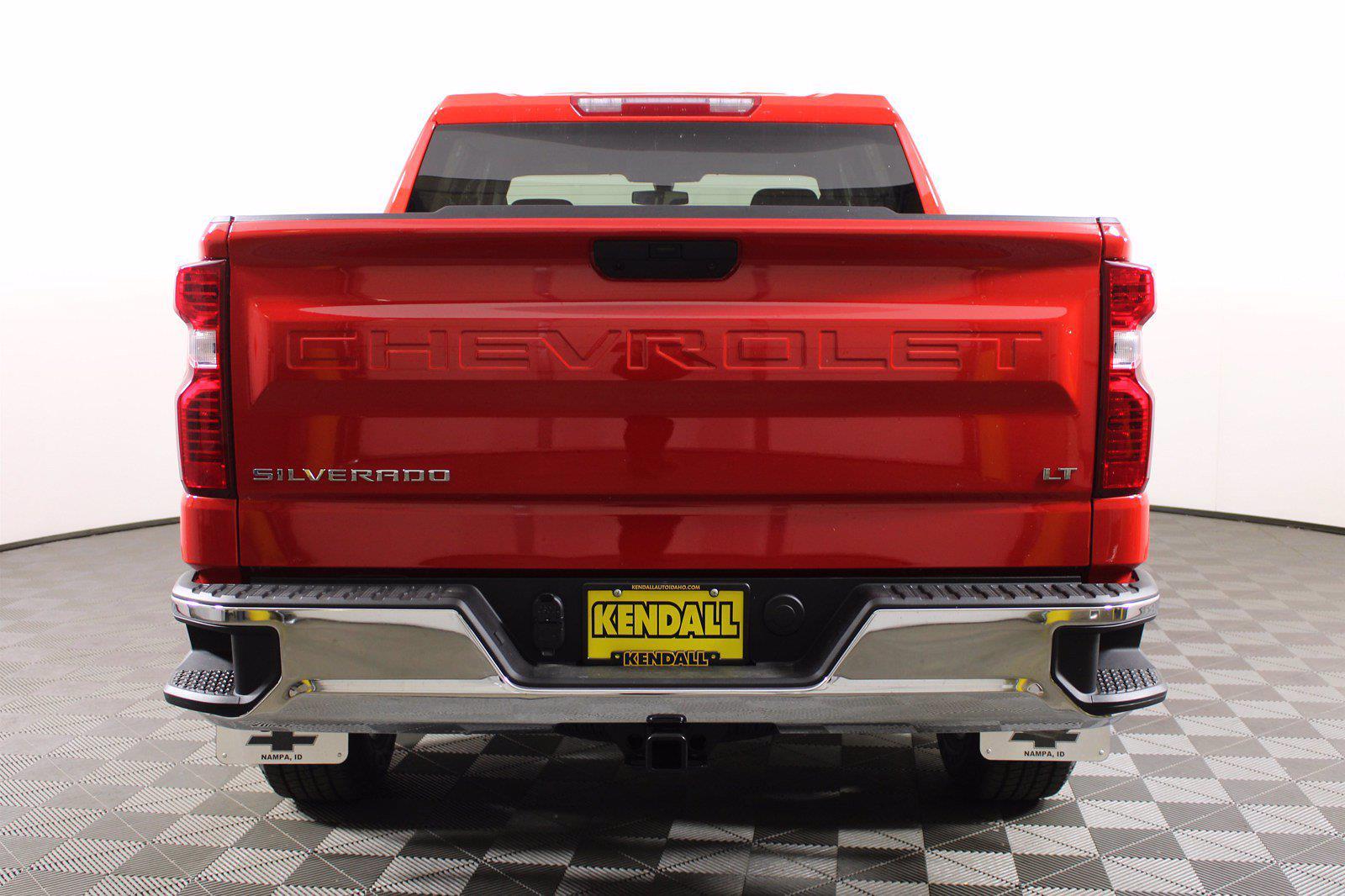 2021 Chevrolet Silverado 1500 Crew Cab 4x4, Pickup #D110819 - photo 8