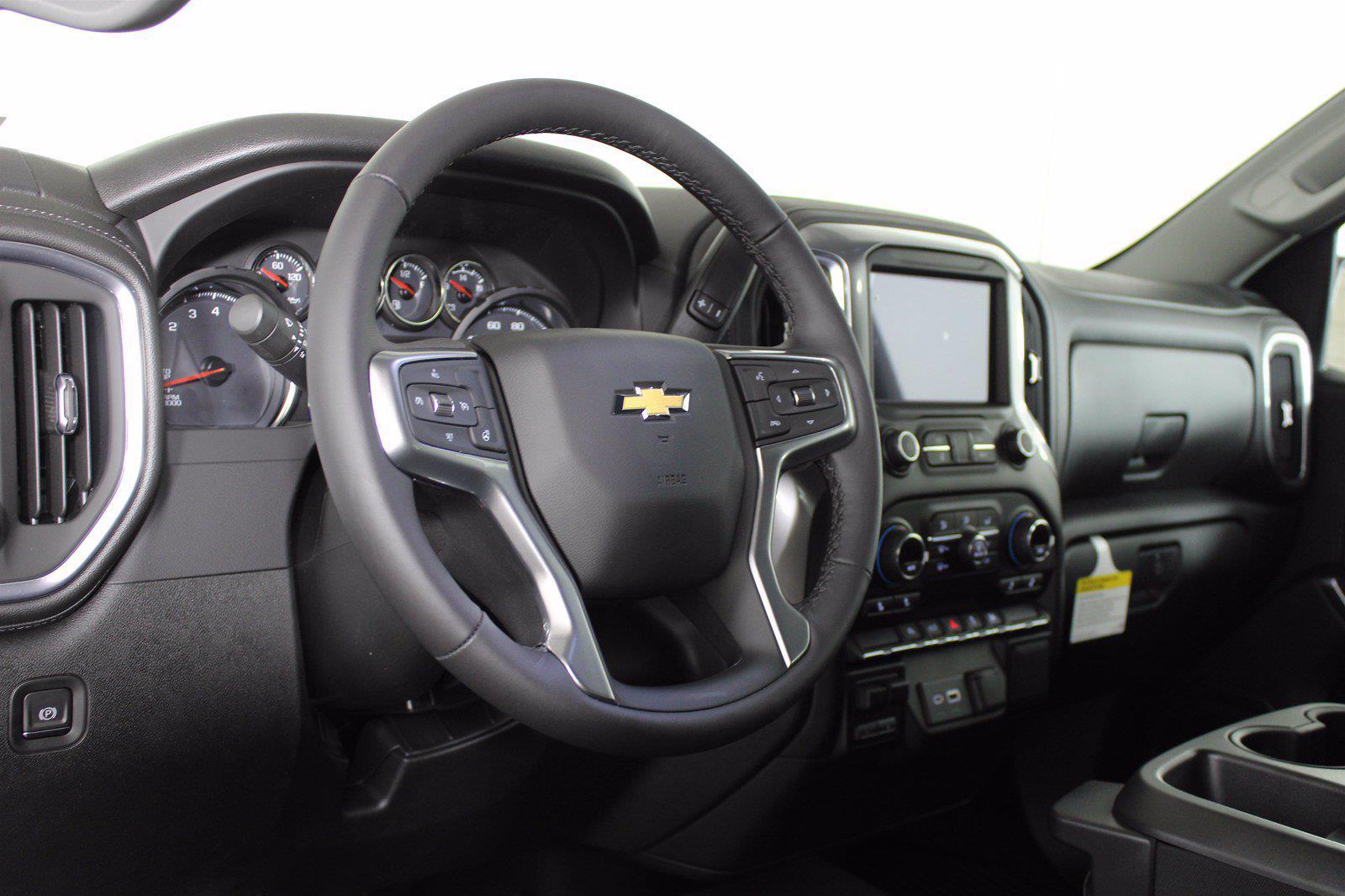 2021 Chevrolet Silverado 1500 Crew Cab 4x4, Pickup #D110819 - photo 10