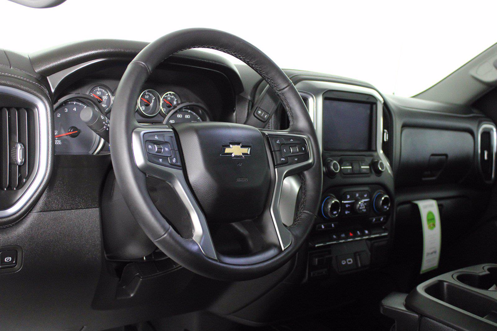 2020 Chevrolet Silverado 1500 Crew Cab 4x4, Pickup #D110855A - photo 13