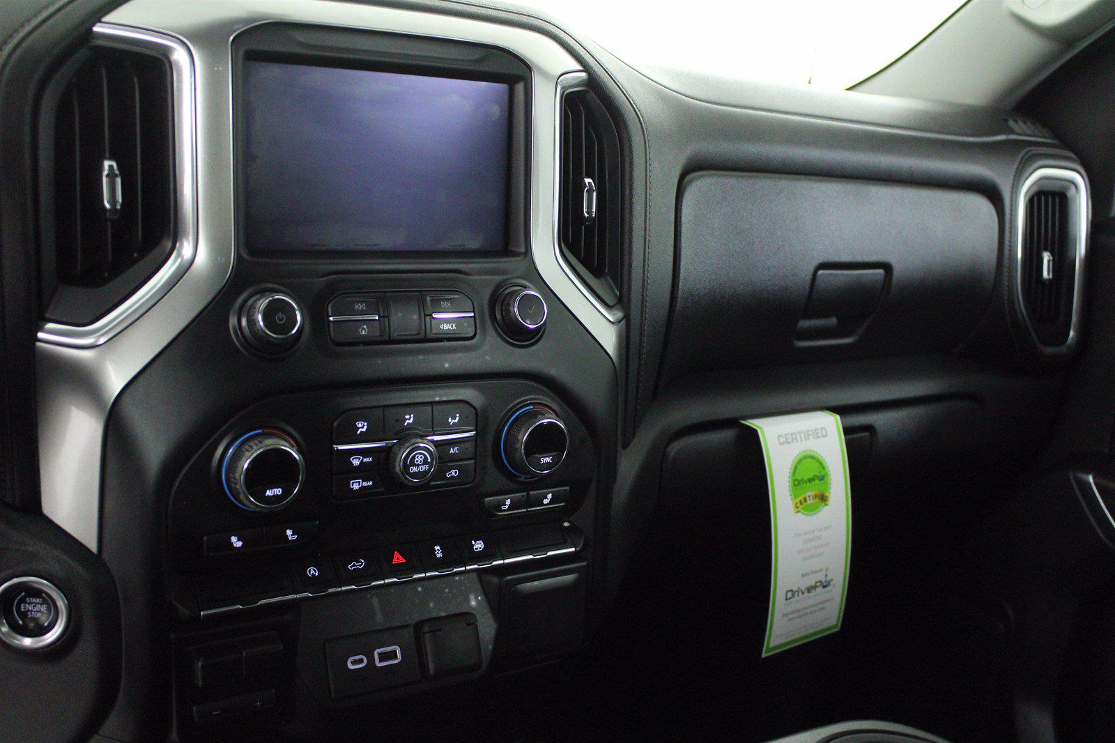 2020 Chevrolet Silverado 1500 Crew Cab 4x4, Pickup #D110855A - photo 15