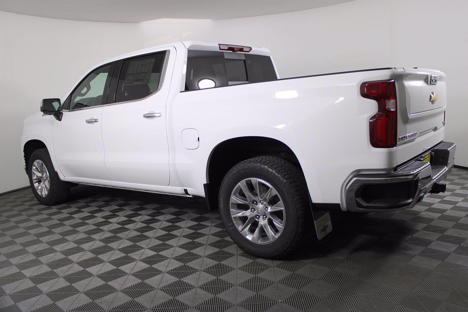 2021 Chevrolet Silverado 1500 Crew Cab 4x4, Pickup #D110856 - photo 2