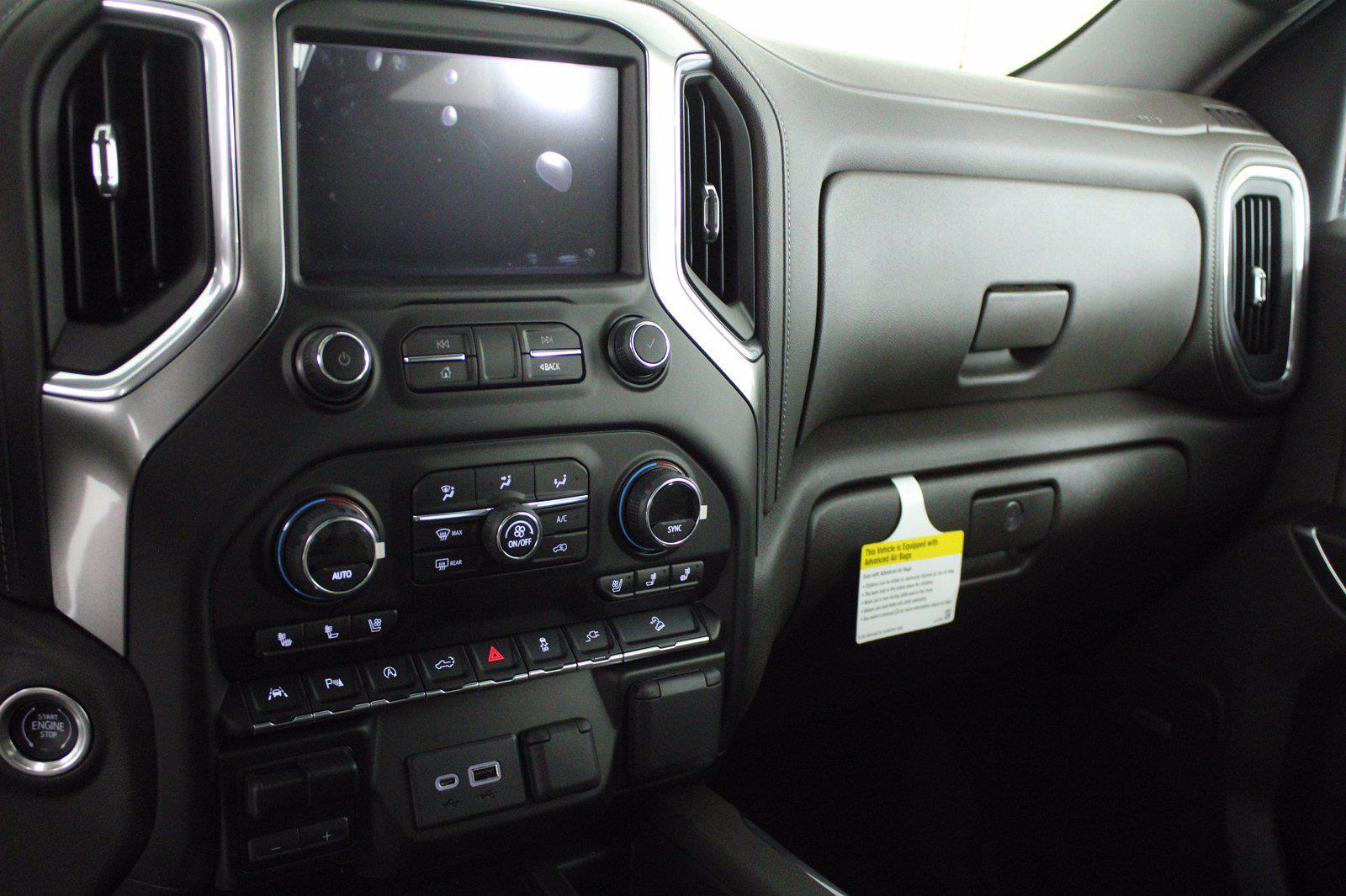 2021 Chevrolet Silverado 1500 Crew Cab 4x4, Pickup #D110856 - photo 12