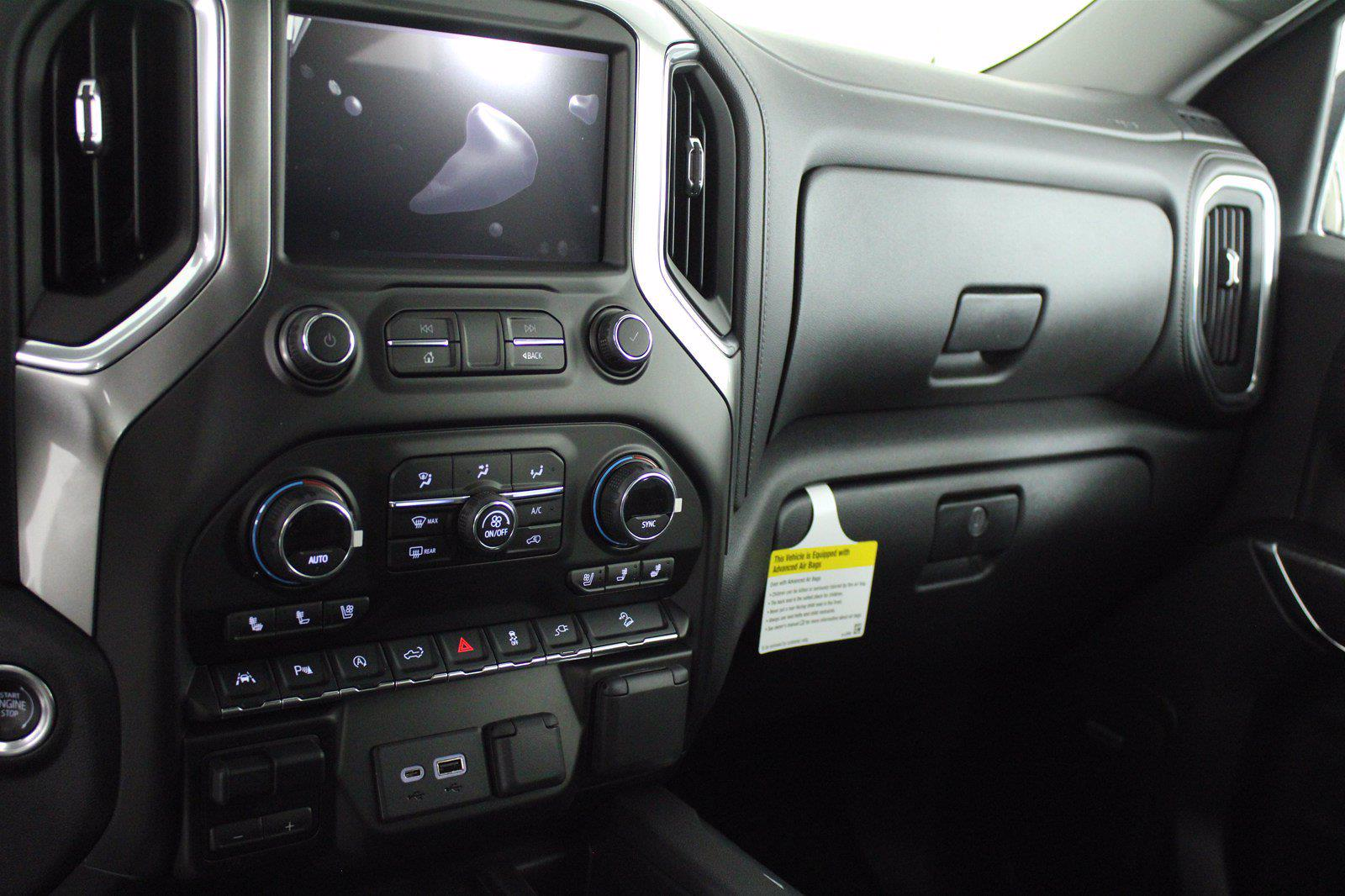 2021 Chevrolet Silverado 1500 Crew Cab 4x4, Pickup #D110857 - photo 12