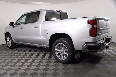 2021 Chevrolet Silverado 1500 Crew Cab 4x4, Pickup #D110857 - photo 2