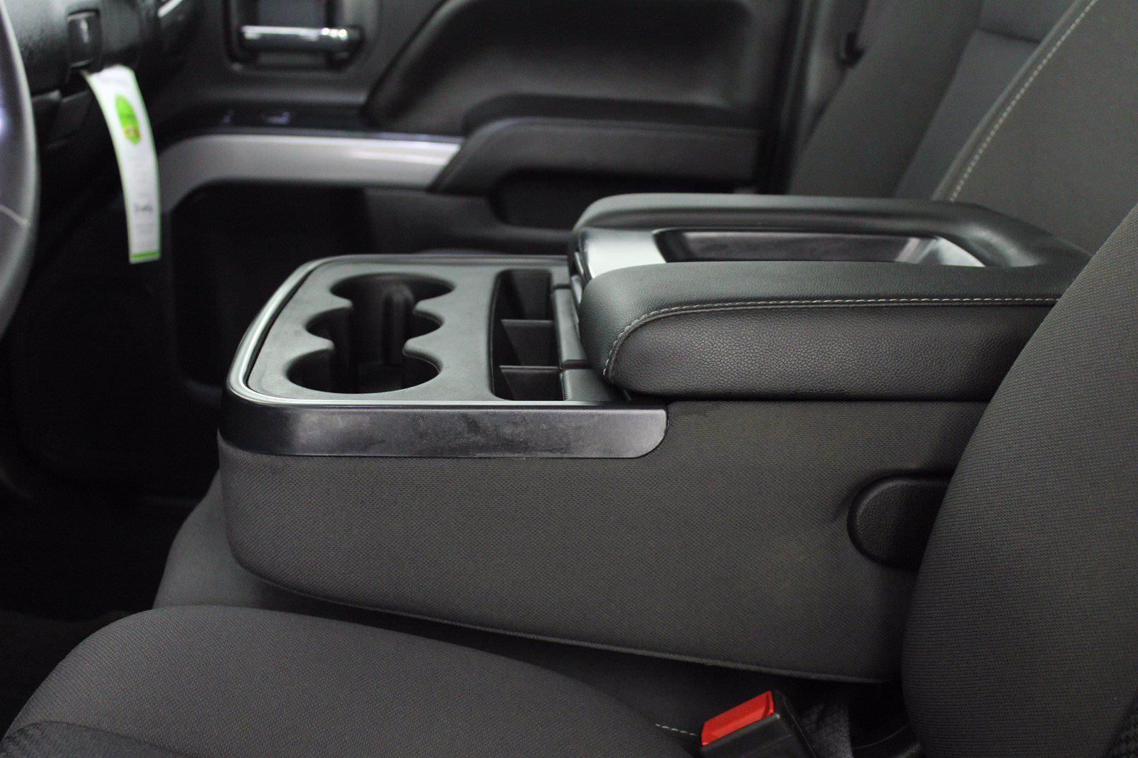 2017 Chevrolet Silverado 1500 Crew Cab 4x4, Pickup #D110857A - photo 12