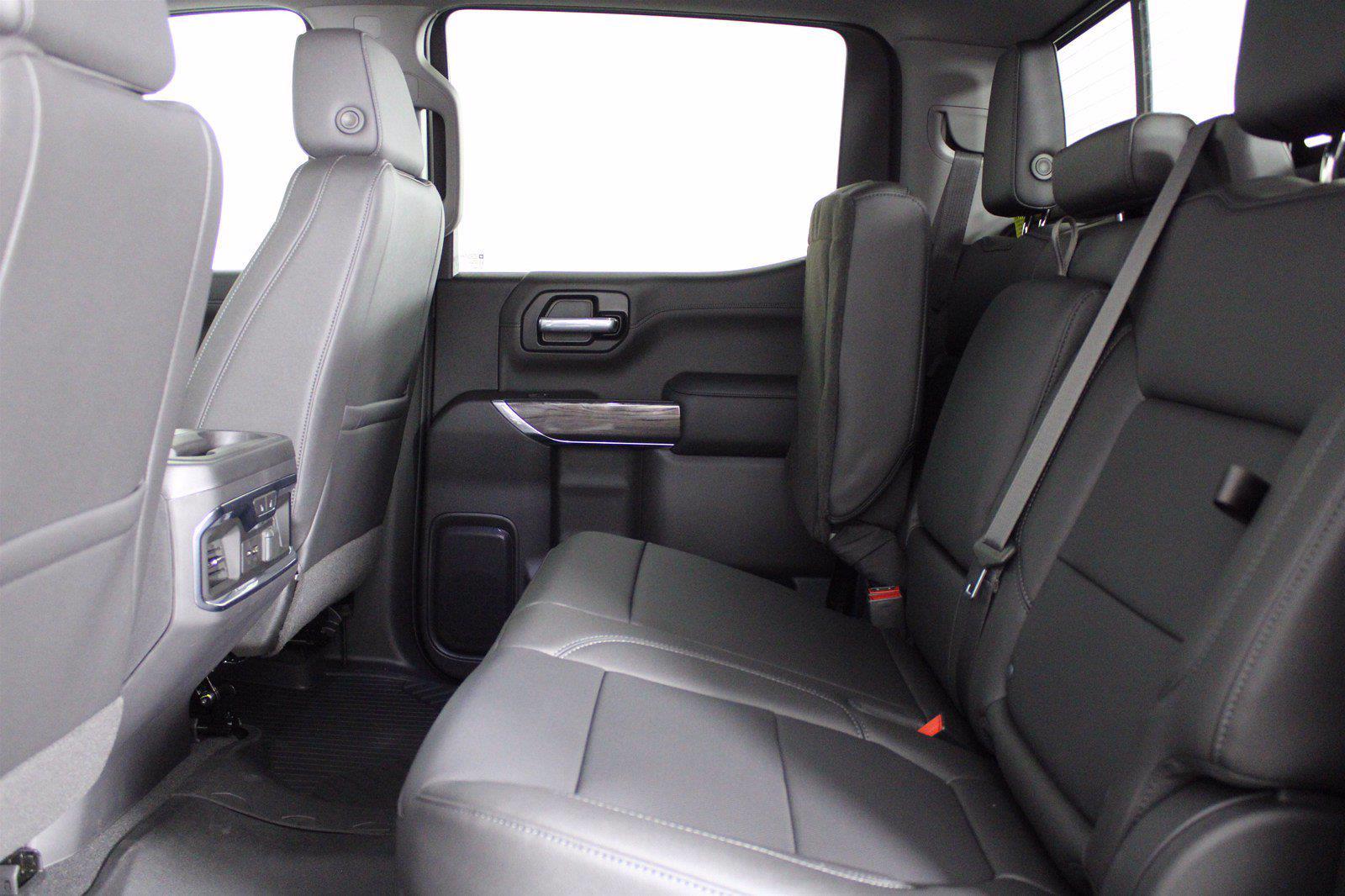 2021 Chevrolet Silverado 1500 Crew Cab 4x4, Pickup #D110863 - photo 17
