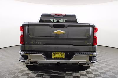 2021 Chevrolet Silverado 1500 Crew Cab 4x4, Pickup #D110863 - photo 8