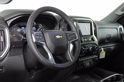2021 Chevrolet Silverado 1500 Crew Cab 4x4, Pickup #D110863 - photo 10