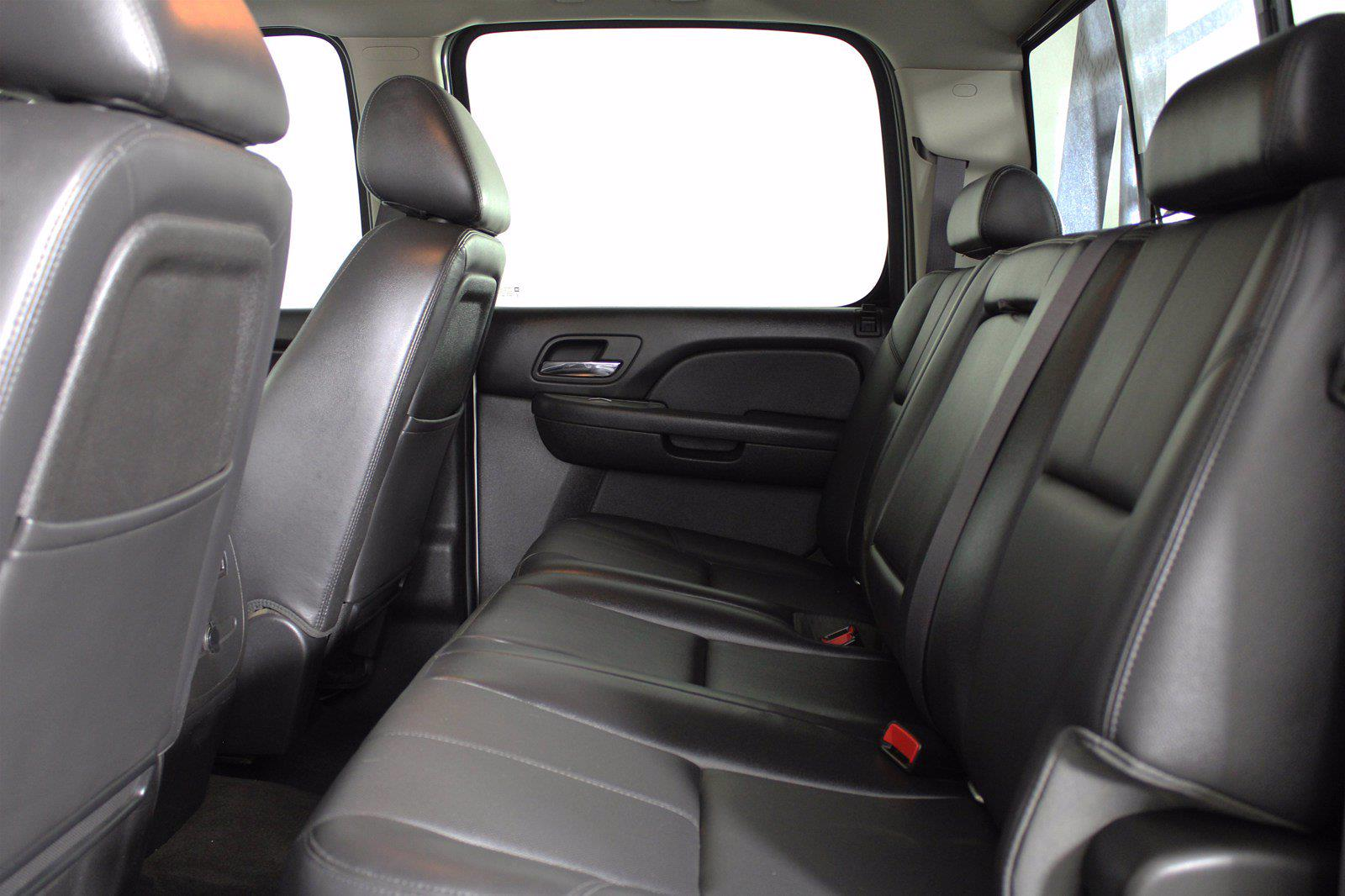 2014 Chevrolet Silverado 3500 Crew Cab 4x4, Pickup #D110865A - photo 6