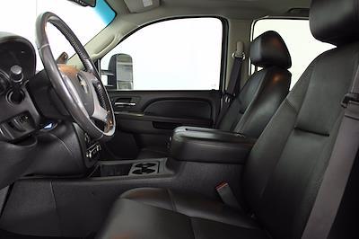 2014 Chevrolet Silverado 3500 Crew Cab 4x4, Pickup #D110865A - photo 4