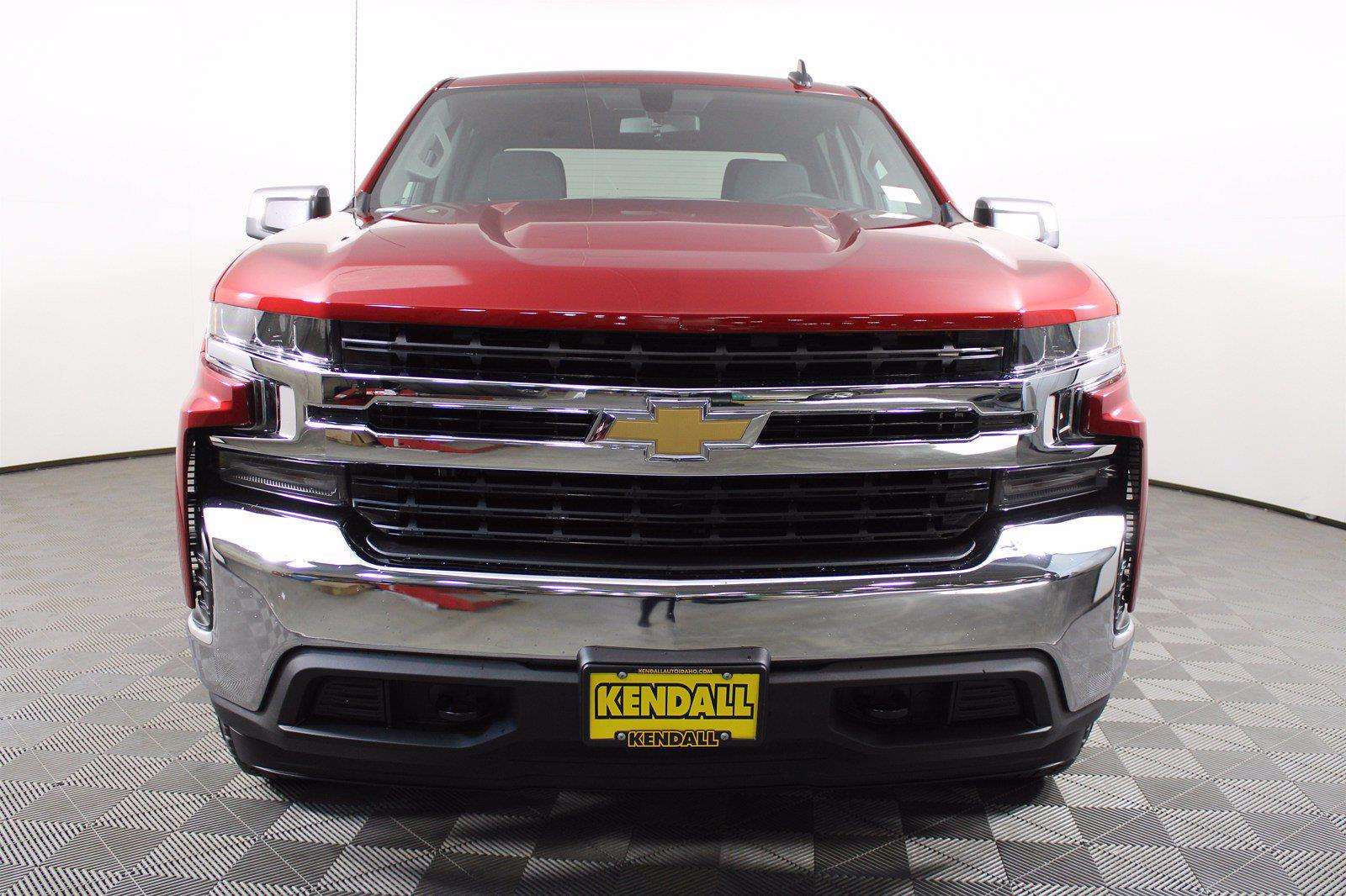 2021 Chevrolet Silverado 1500 Crew Cab 4x4, Pickup #D110896 - photo 3