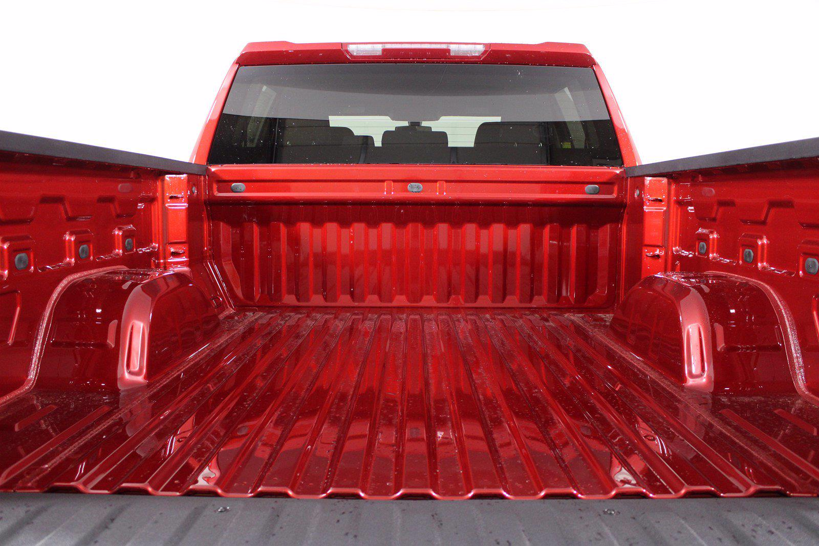 2021 Chevrolet Silverado 1500 Crew Cab 4x4, Pickup #D110896 - photo 9