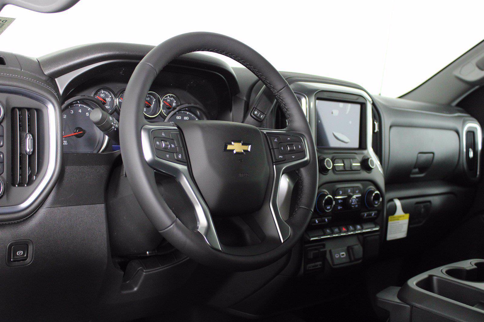 2021 Chevrolet Silverado 1500 Crew Cab 4x4, Pickup #D110896 - photo 10