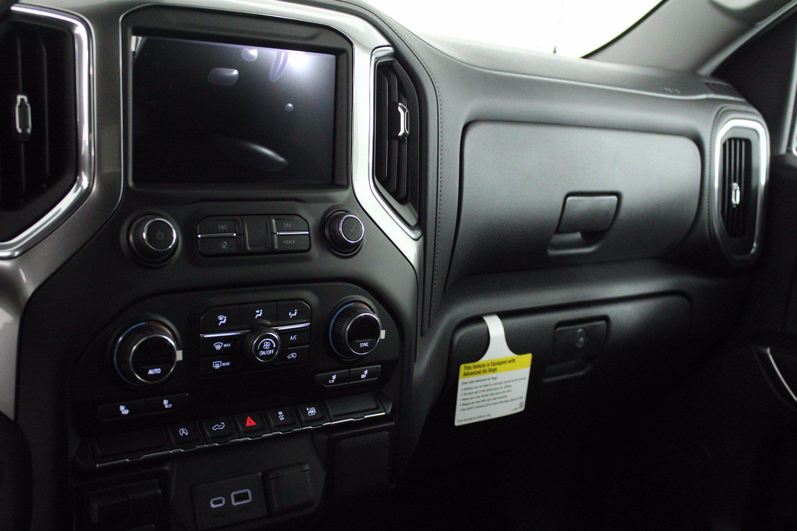 2021 Chevrolet Silverado 1500 Crew Cab 4x4, Pickup #D110896 - photo 12