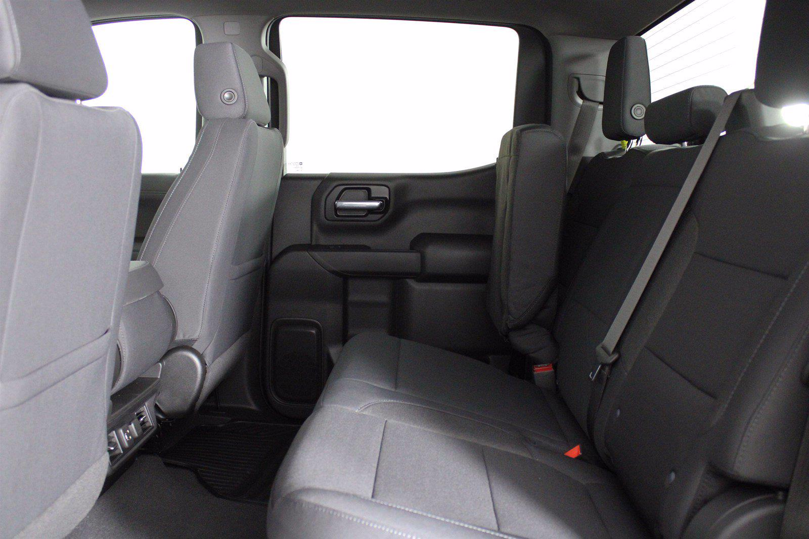 2021 Chevrolet Silverado 1500 Crew Cab 4x4, Pickup #D110896 - photo 16