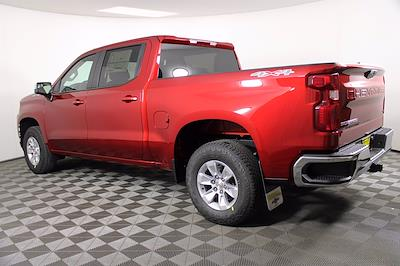 2021 Chevrolet Silverado 1500 Crew Cab 4x4, Pickup #D110896 - photo 2