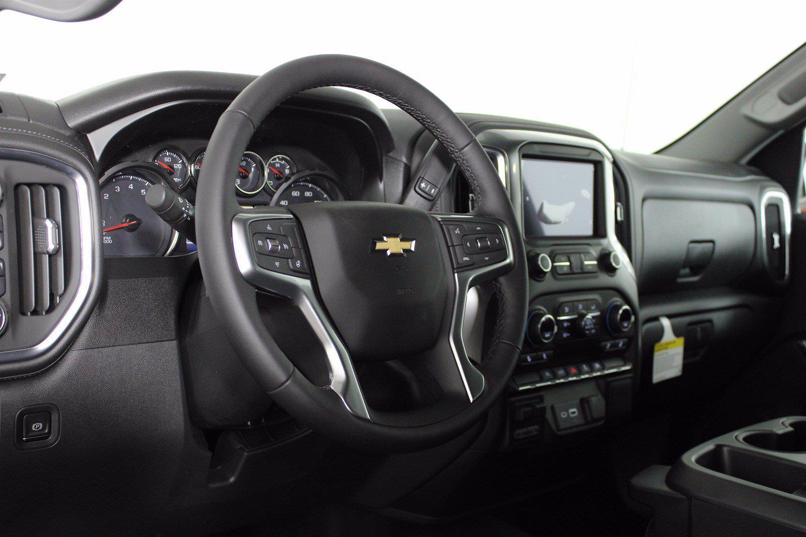 2021 Chevrolet Silverado 1500 Crew Cab 4x4, Pickup #D110907 - photo 10
