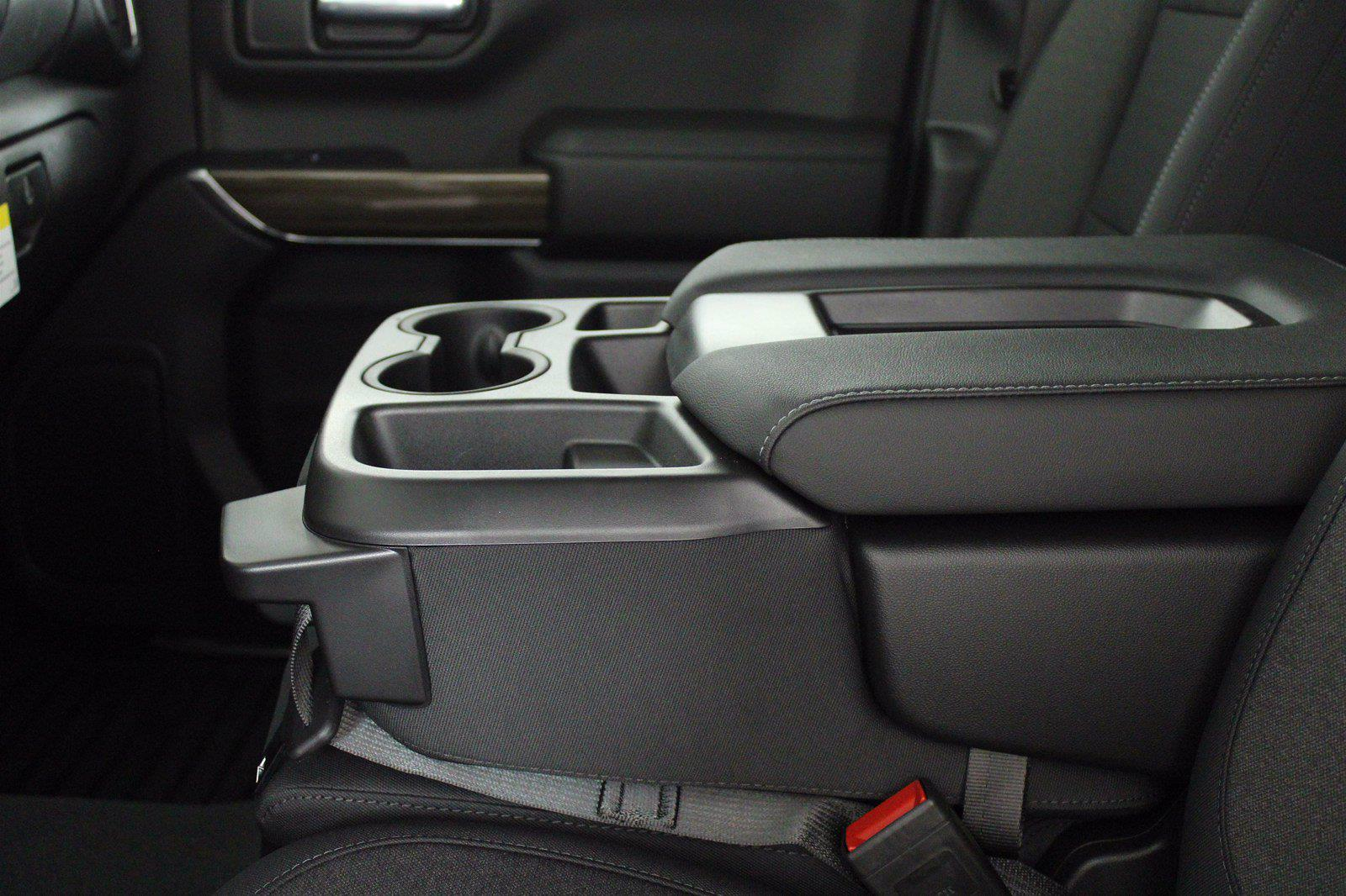 2021 Chevrolet Silverado 1500 Crew Cab 4x4, Pickup #D110907 - photo 13