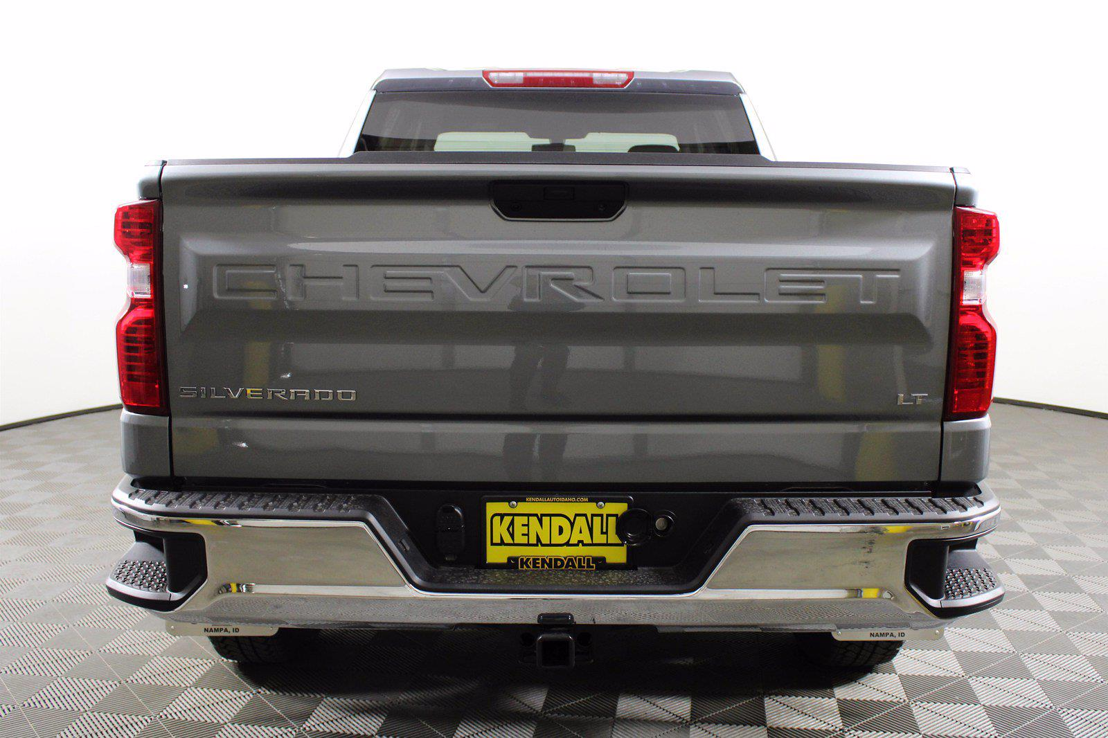 2021 Chevrolet Silverado 1500 Crew Cab 4x4, Pickup #D110908 - photo 8